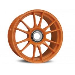 http://www.ozracing.com/images/products/wheels/ultraleggera-hlt-central-lock/orange/02_ultraleggera-hlt-central-lock-orange-jpg%